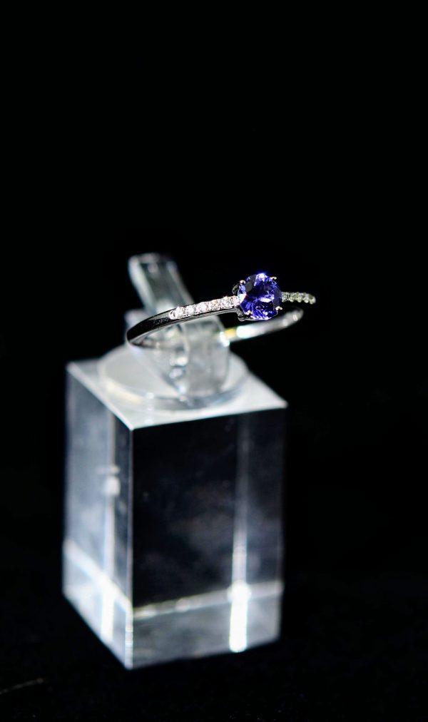 Weissgold Tansanit Ring mit Brillanten